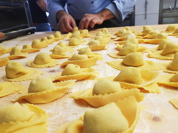 Fruehlings Küchenparty in der Gude Stub Casa Antica mit Andrea Alesi
